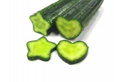 heart_star_cucumber_fruit_mould_AFP_Relaxnews_230814
